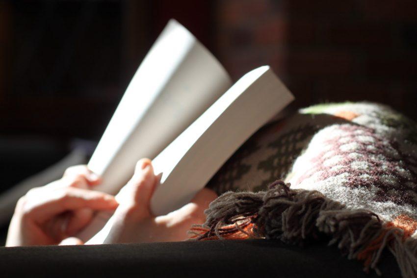 cara menulis buku lengkap dan terbaik